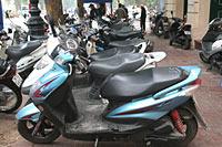Kein Entkommen für die Mopeds.