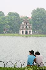 Pärchen am Hoan Kiem See