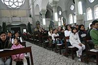 Gläubige beim Adventsgottesdienst